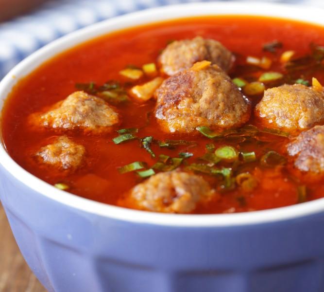 Enkelt å lage suppe fra bunn