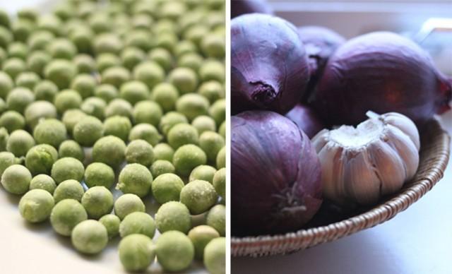 erter, hvitløk og løk er noen av ingrediensene du trenger til grønn ertesuppe