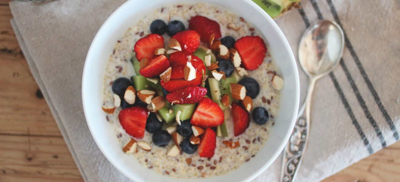 Frokost: Kald quinoagrøt med havre og linfrø