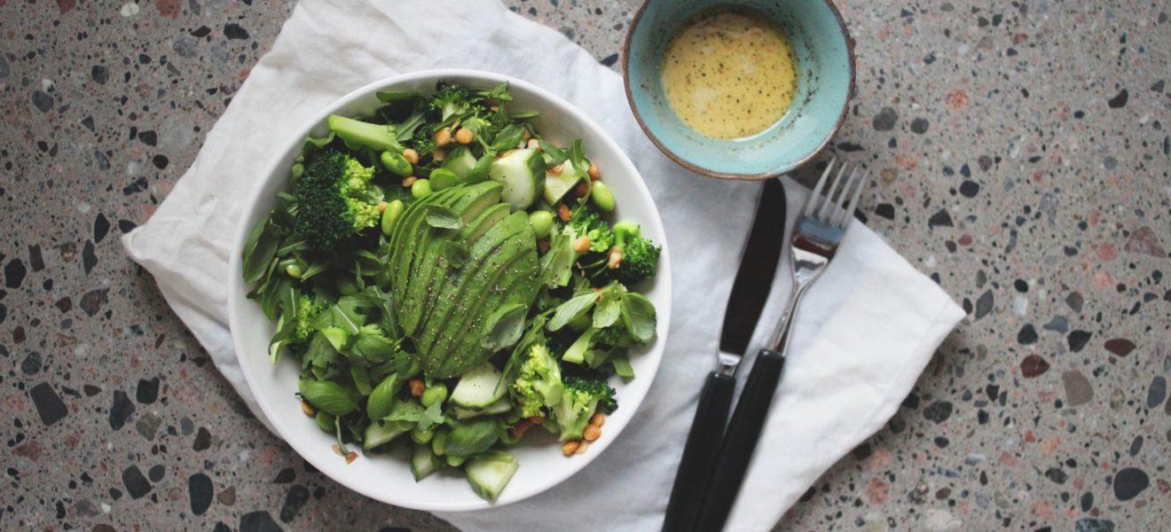 Grønn salat med linser & brokkoli