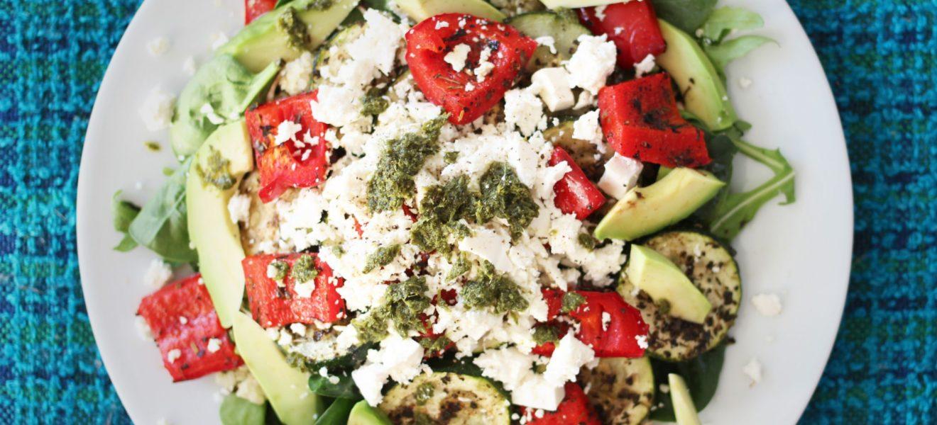 Gresk fetasalat med lune grønnsaker
