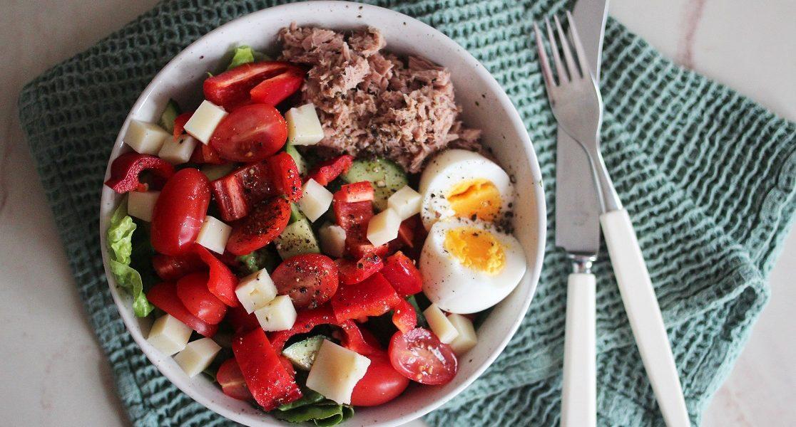 Rask lunsj: Tunfisksalat med egg og ost