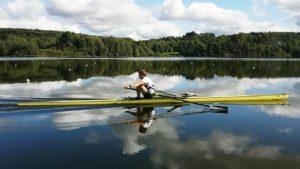 Toppidrettsutøver og roer, Jørgen Njøs NIlsson. ror på vannet