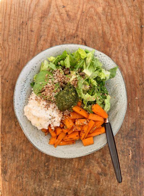 lunsjsalat med ingefærgulrot