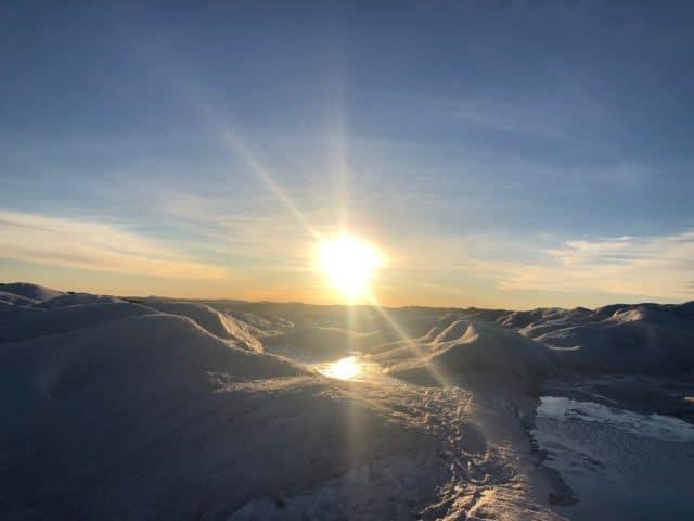 sol og fint vær over Grønland