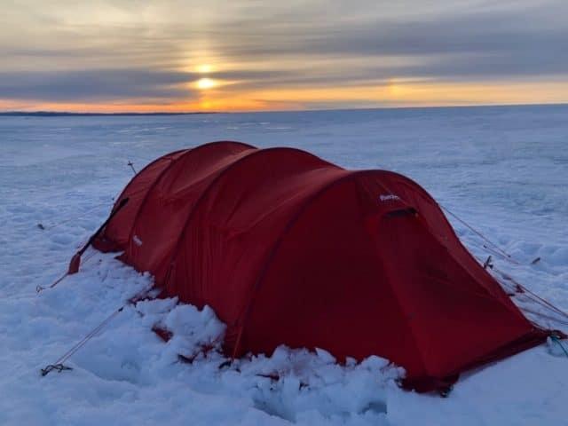 oppslått telt på Grønlandsisen