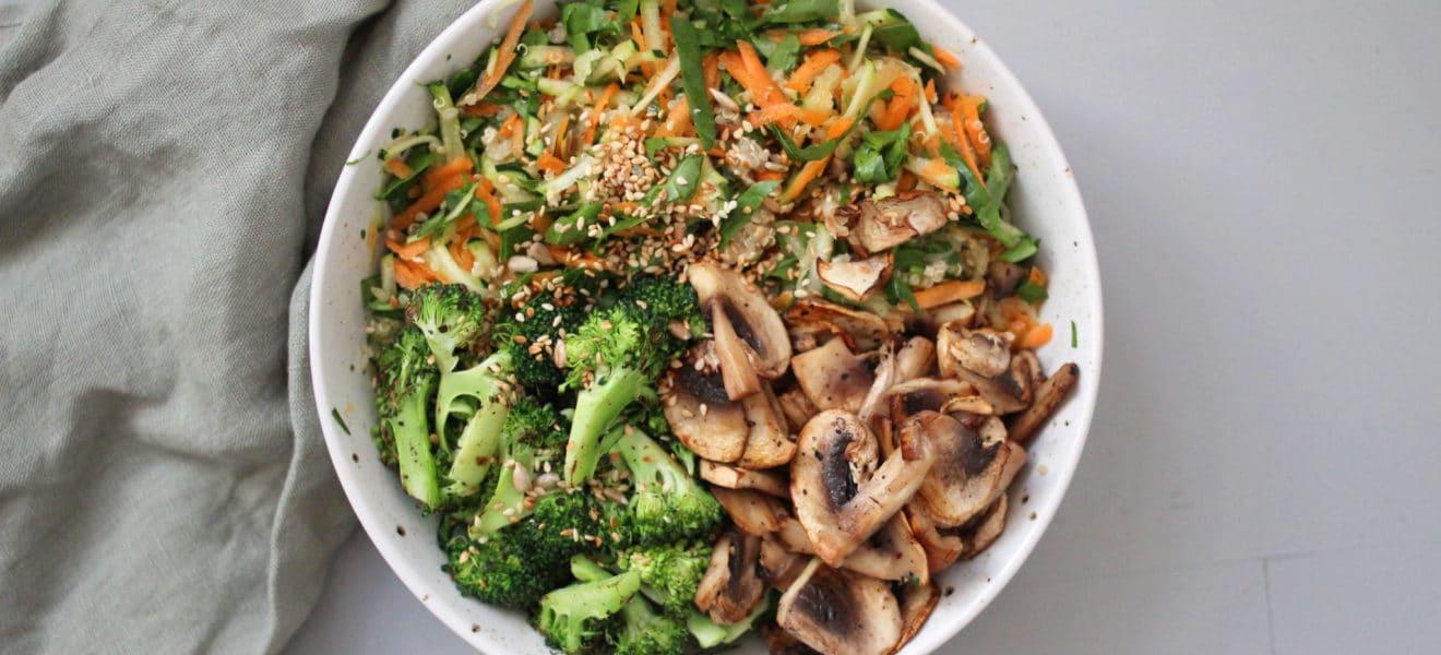 Brokkolibowl med quinoa