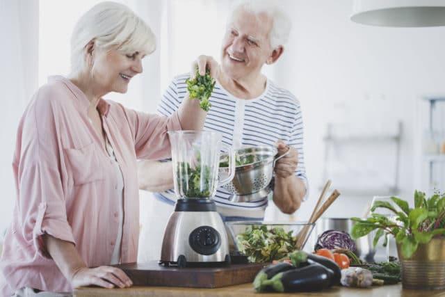eldre par som har funnet riktig kosthold for dem