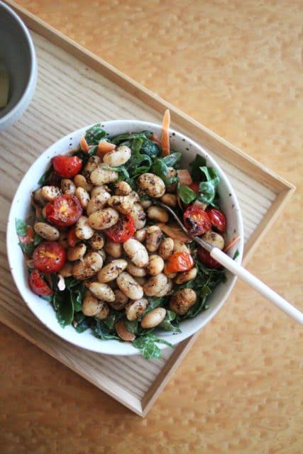 Lune hvite bønner med tomat og ruccola