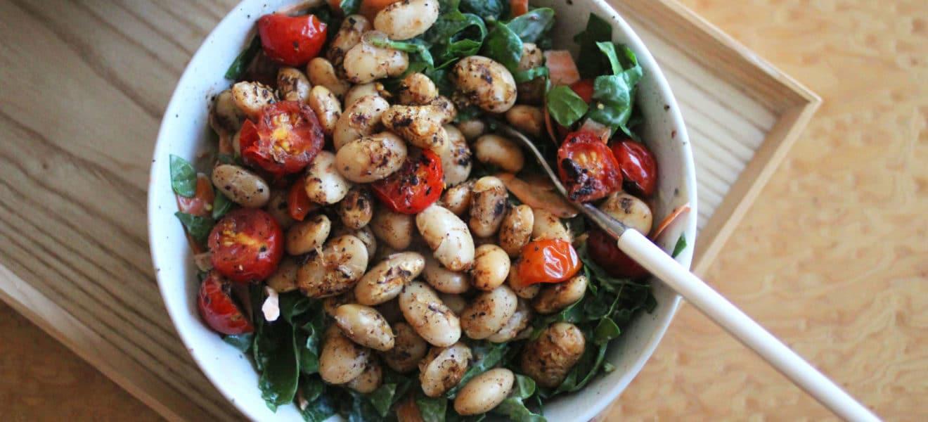 Lune hvite bønner med tomat og ruccolasalat