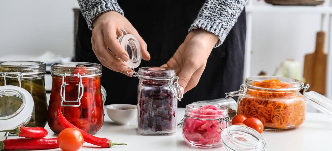 Slik fermenterer du sesongens grønnsaker