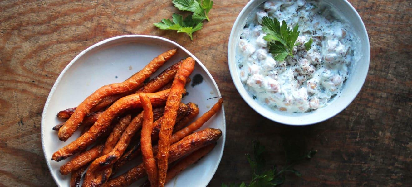 Yoghurtkikerter og grillet gulrot