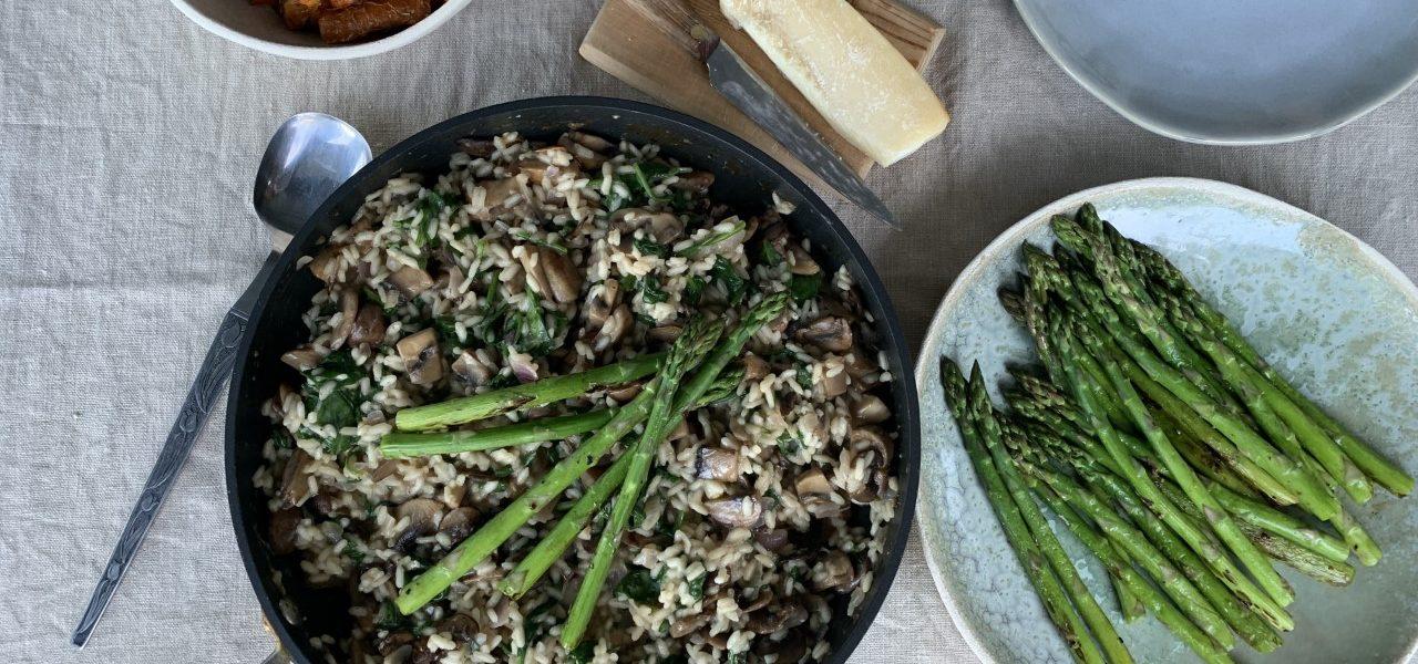 Risotto med sopp og asparges